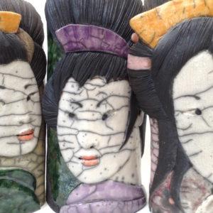 Portrait geisha - bas relief - Raku - Emmanuelle Not