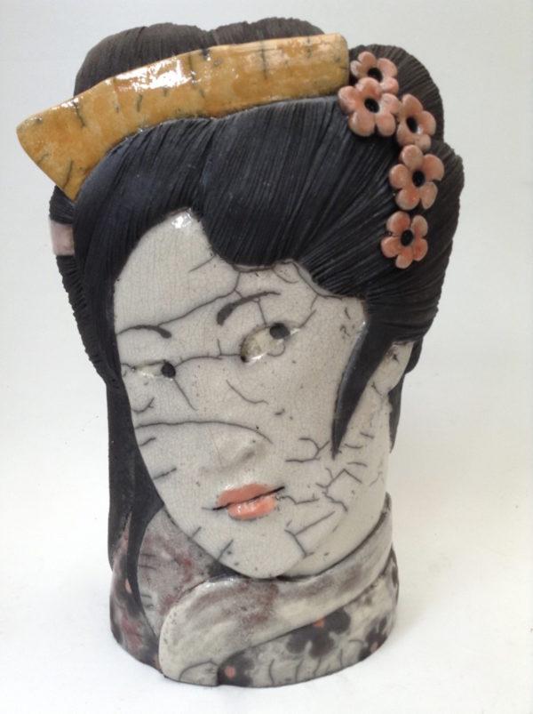 portrait geisha3 - bas relief - raku - Emmanuelle Not