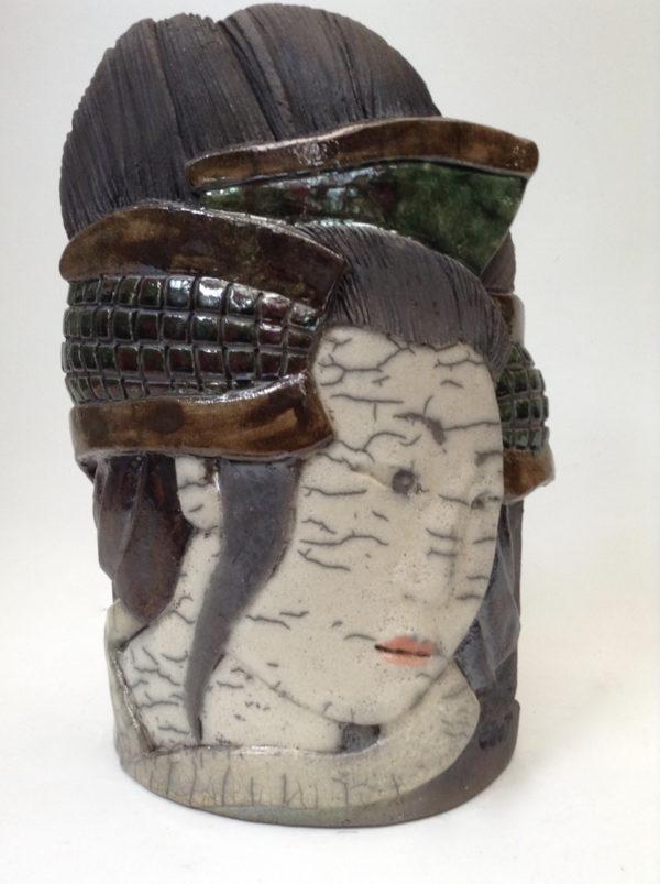 portrait geisha5 - bas relief - raku -Emmanuelle Not