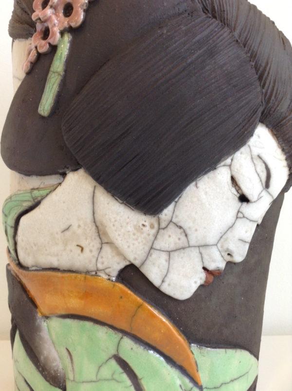 portrait geisha7 - bas relief - Raku - Emmanuelle Not