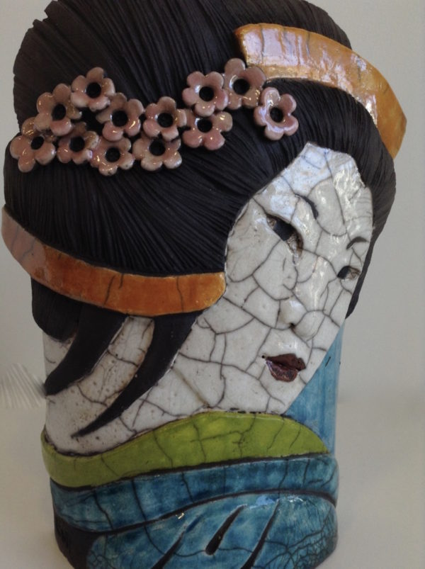 portrait geisha1 - bas relief - Raku - Emmanuelle Not