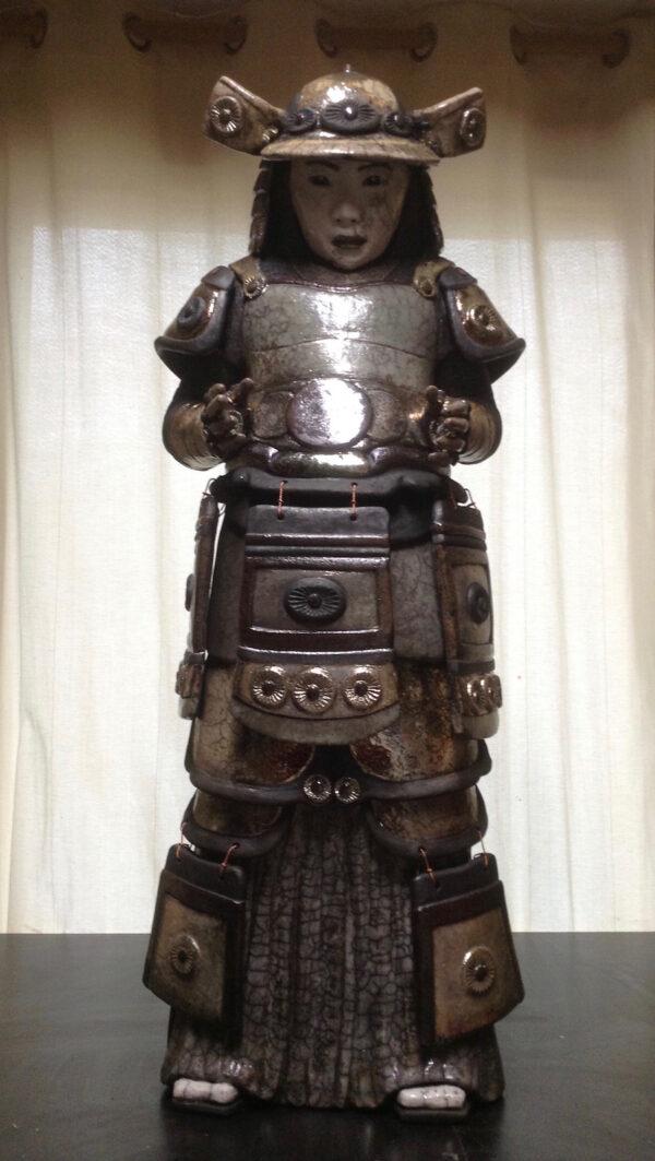 Samouraï Akira - sculpture raku - Emmanuelle Not