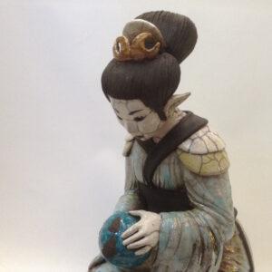 Geisha Asumi - sculpture raku - Emmanuelle Not